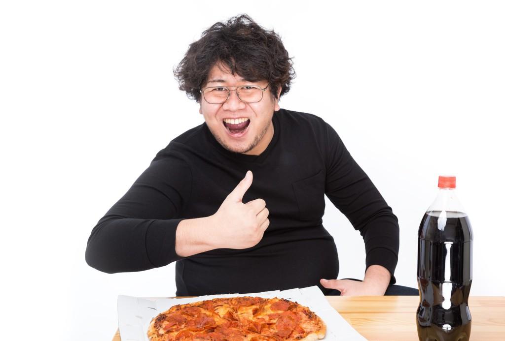 ピザとコーラはダイエットに最悪な組み合わせ…