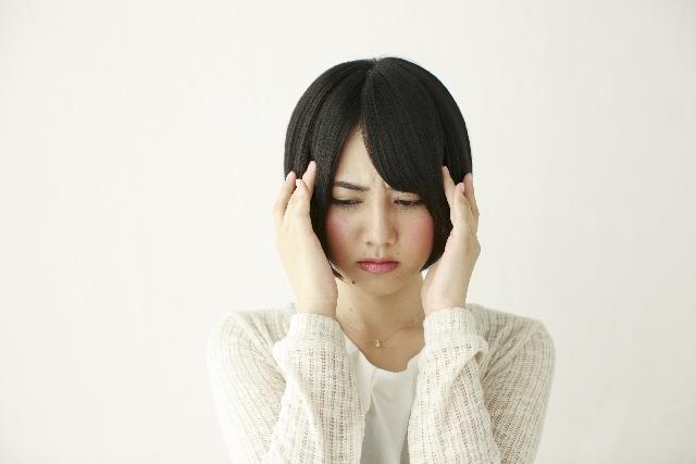 頭が痛い。メタバリアスリムで頭痛は起こらない。その理由は低血糖かも?